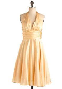 marilyn monroe dress. This will be my halloween costume one of these years.