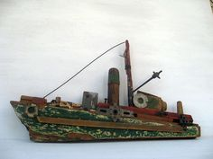 θαλασσα ζωγραφικη - Szukaj w Google Driftwood Fish, Driftwood Sculpture, Driftwood Crafts, Wooden Projects, Wooden Crafts, Seaside Art, Boat Art, Wood Boats, Melting Crayons
