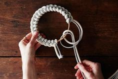 How to Make Elegant Knotted Rope Trivets to Elevate Any Table Setting Pretty serving vessels deserve equally lovely pedestals to rest upon. These simple trivets—made simply with sturdy rope from any hardware store—beg to grace . Rope Knots, Macrame Knots, Macrame Projects, Diy Craft Projects, Circus Crafts, How To Make Something, Macrame Wall Hanging Diy, Red Rope, Crochet Christmas Ornaments