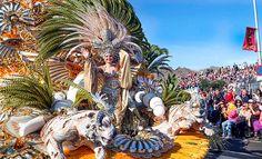 Coso Apoteosis del Carnaval de Santa Cruz de Tenerife 2016, la explosión del Carnaval que se desparrama por las calles céntricas de la capital chicharrera con su alegría, color, imaginación y pasión creativa