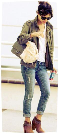 Rachel Bilson Love the distressed jeans. Would love a pair of boyfriend jeans…