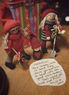 Help dad at the end of a long week with Kindness Elves. Christmas And New Year, Christmas Stockings, Christmas Holidays, Christmas Crafts, Xmas, Christmas Ornaments, Christmas Ideas, Kindness Elves, Toot