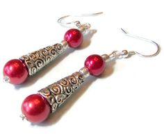 Red Pearl Earrings Silver Swirl Cone di SeagullSmithJewelry