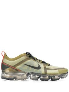 Nike Vapormax 2019 Sneakers In Green Cult Following, Nike Air Vapormax, Khaki Green, Sports Shoes, Lace Up, Front Lace, Sportswear Brand, Nike Shoes, Sneakers Nike