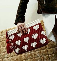 Tapestry Crochet Patterns, Finger Knitting, Crochet Diagram, Handmade Bags, Purses And Bags, Pouch, Shoulder Bag, Blog, Crochet Bags