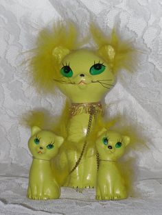 Ceramic Yellow Cat and Two Kittens Figurines by EmilysAtticThenNow,
