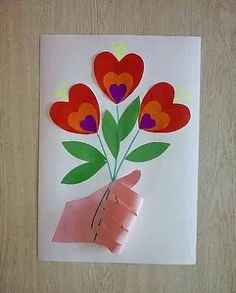 Valentine's Day heart bouquet craft for kids Diy And Crafts, Crafts For Kids, Arts And Crafts, Paper Crafts, Diy Paper, Projects For Kids, Diy For Kids, Crochet Cat Pattern, Mothers Day Crafts