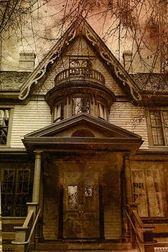 Fabulous photo by WB Johnston #photography #vintage #wyatt #architecture