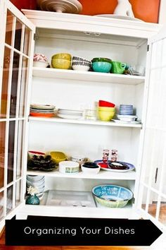 Organizing your dishes // www.katheats.com