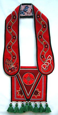 Martha Berry: Cherokee Beadwork Artist More - Martha Berry: Cherokee Beadwork Artist More - Native American Patterns, Native American Design, Native American Beadwork, Cherokee Indian Women, Native American Cherokee, Cherokee Tribe, Cherokee Clothing, Cherokee History, Navajo Women