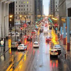 … a warm April rain ... and reflecting street lights :) #Chicago #SpringRain #AprilRain #Pretty #Colors #Rain #Reflection