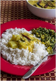 Choraka Kootu Curry / Bottle Gourd and Moong Dal Curry / Lauki Curry
