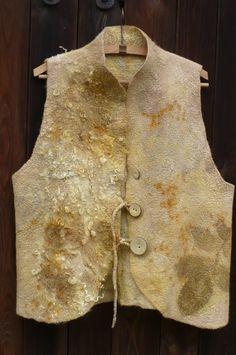 Damenweste Wollweste Walkwolle Felted vest Ecoprint
