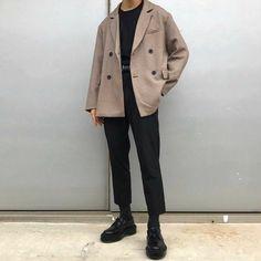 Korean Fashion Men, Korean Street Fashion, Mens Fashion, Stylish Mens Outfits, Casual Outfits, Fashion Outfits, Hipster Outfits Men, Layering Outfits, Grunge Outfits