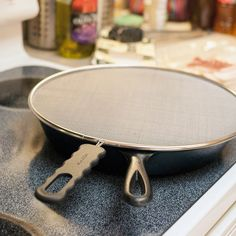 The Odor-Absorbing Splatter Screen — Product Review | The Kitchn