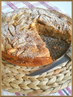 Μηλοπιτα - just perfect! Greek Sweets, Greek Desserts, Mini Desserts, Apple Recipes, My Recipes, Sweet Recipes, Recipies, Greek Bread, Apple Deserts
