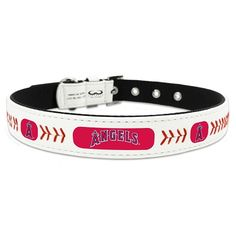 Have you dog show off their support for the Los Angeles Angels in our leather adjustable dog collar. This officially licensed Major League Baseball high-end collar is handcrafted from baseball leather and thread, and emblazoned with the Angels' iconic logo, colors and graphics. This adorable dog collar is one of our top-selling collars and is […]