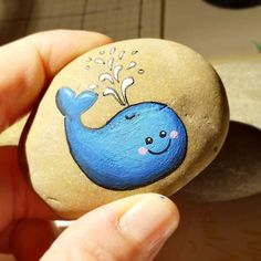 """47 Likes, 1 Comments - Lisa Elflein (@elfilisa) on Instagram: """"A friend asked me to paint a whale on a little stone. Here you can see the end of the story :D #wal…"""""""