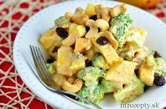 Brokolicovo-mangový šalát - FitRecepty