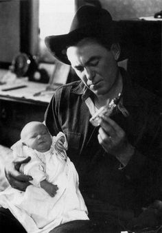 """Harry Carey with newborn son Harry """"Dobe"""" Carey Jr. Classic Hollywood, Old Hollywood, Silent Screen Stars, Harry Carey, Old Western Movies, Tv Westerns, Old Movie Stars, Thing 1, Old Shows"""