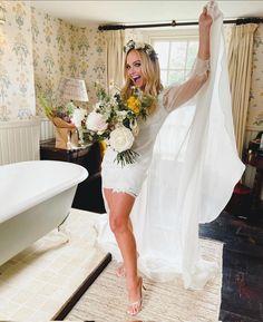 Emma Bunton, Lace Wedding, Wedding Dresses, Fashion, Bride Dresses, Moda, Bridal Gowns, Fashion Styles