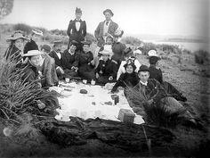 Beach picnic: tea and cake - 1910