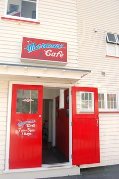 Maranui Cafe at Maranui Surf Life Saving Club, Lyall Bay, Wellington - Gallery New Zealand, Surf, Club, Spaces, Cool Stuff, Live, Gallery, Outdoor Decor, Travel