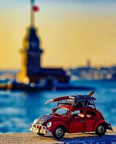 Micro Photography, Miniature Photography, Cute Photography, Creative Photography, Volkswagen, Cool Pictures, Cool Photos, Beautiful Pictures, Combi Wv