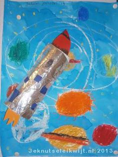 Ruimte raket Space Activities For Kids, Diy And Crafts, Arts And Crafts, Project 4, Kindergarten Teachers, Inspiration For Kids, Space Exploration, Space Crafts, Stars And Moon