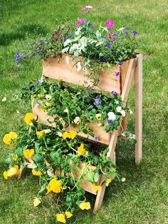 Cedar Tiered Flower Planter