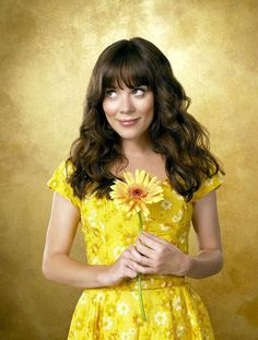 Anna Friel [from Pushing Daisies]