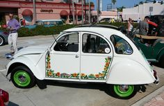 Vintage Citroen 2CV. Art of the Automobile car show in Daytona Beach, 5/5/2012. Photo by Luis — The Motor Bookstore.