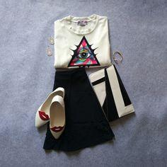 White Eye Print Crop T-Shirt-SheIn