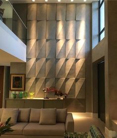 The cementitious coating combines technology, design and visual effects. Apart several tips for those who are thinking of using this type of coating. Wall Cladding Interior, Wall Cladding Designs, Interior Walls, Home Interior Design, Feature Wall Design, Wall Panel Design, Wall Decor Design, Ceiling Design, Wooden Wall Design
