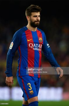 Gerard Pique Barcelona leaves the pitch at the end of the Copa del Rey semi-final second leg match between FC Barcelona and Atletico de Madrid at Camp Nou on February 7, 2017 in Barcelona, Spain.
