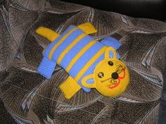 Materiales gráficos Gaby: Almohada infantil en crochet