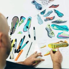 """The design started in my sketch book."" #Nike Free 3.0 Flyknit designer Rob Williams has the ability to make ideas come to life through marker and paper. He shows us how he visualized the seamless transition from the hexagonal outsole to the upper from the very beginning. Hit the link in our bio to see more."