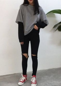 Tomboy Fashion, Teen Fashion Outfits, Retro Outfits, Modern Grunge Fashion, Vintage Summer Outfits, Female Outfits, School Fashion, Fashion Tips, Cute Comfy Outfits
