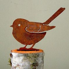 Elegant Garden Design Bird Silhouettes, Beautiful Handcrafted Metal Art, Rusty Metal Bird Silhouettes at Songbird Garden