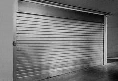 Serrande avvolgibili su misura per box e l'attività commerciali realizzate con materiali di altissima qualità. Materiali e colori adattabili ad ogni design. Blinds, Curtains, Design, Home Decor, Decoration Home, Room Decor, Shades Blinds, Blind