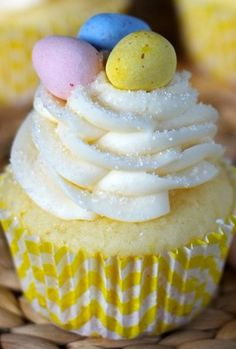 Lemon Mascarpone Cupcakes - Your Cup of Cake