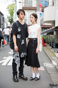 i like her style, & the confidence in her eyes ... Tsubasa (left) & Mihori (right) - both 19 years old & college students | 13 September 2014 | #couples #Fashion #Harajuku (原宿) #Shibuya (渋谷) #Tokyo (東京) #Japan (日本)