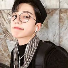 Korean Glasses, Ulzzang Boy, Make A Wish, Boys, Fashion, Korean Guys, Cute Korean Girl, Baby Boys, Moda