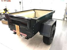 Gene's is another M-Series DIY Dinoot Trailer getting build for this seasons Trailer Supported Adventures! Jeep Camping Trailer, Camper Trailer Tent, Suv Camper, Off Road Trailer, Trailer Build, Truck Camping, Flatbed Truck Beds, Overland Trailer, Tents