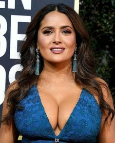 Salma Hayek Style, Salma Hayek Body, Robert Kardashian, Khloe Kardashian, Beautiful Celebrities, Beautiful Actresses, Salma Hayek Young, Glam Photoshoot, Salma Hayek Pictures