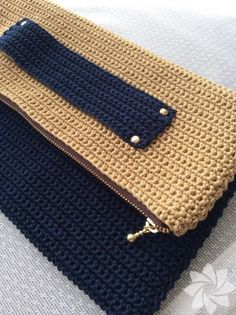 """New Cheap Bags. The location where building and construction meets style, beaded crochet is the act of using beads to decorate crocheted products. """"Crochet"""" is derived fro Crochet Clutch Bags, Diy Clutch, Crochet Handbags, Crochet Bags, Bead Crochet, Knitted Bags, Bobble Stitch Crochet, Crochet Stitches, Ankara Bags"""