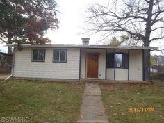 1508 E Mosel Kalamazoo MI 49004 Foreclosed home for sale Parchment MI