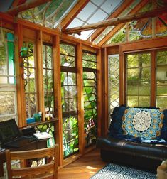 The Glass Cabin Glass Cabin, Glass House, Old Cottage, Cottage Homes, Outdoor Garden Rooms, Outdoor Living, House On Stilts, Diy Patio, Dream Decor