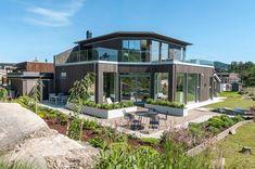 Tid for hjem - etterbilder - Nyheter - Talgø Norge - Lilly is Love Diy Design, Sweet Home, Hanging Canvas, Summer Diy, Artist Canvas, Garden Design, Pergola, Gallery Wall, Minimalist