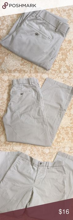 Dockers Tan Straight Fit Pants Very nice pair of tan Dockers straight fit pants. 63% polyester, 35% cotton and 2% elastane.  New condition.  Size 30x30.  PT LOC-F Dockers Pants Dress